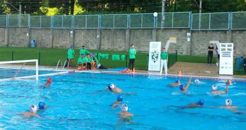 Web oficial del leioa waterpolo for Piscinas de leioa