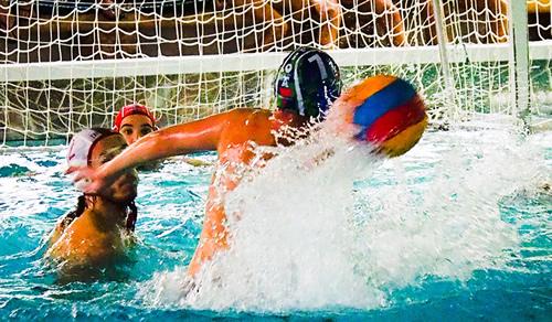 Web oficial del leioa waterpolo for Piscinas paco yoldi